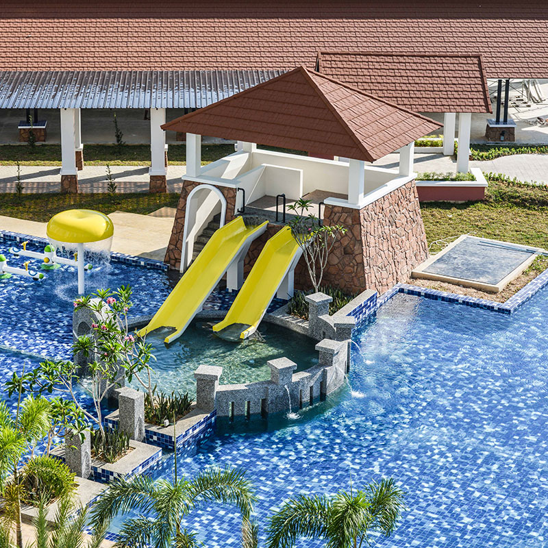 dayang-bay-swimming-pool